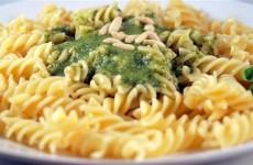 Receta de pasta al pesto (Spaguetti/Gnoccis/Fusilli)