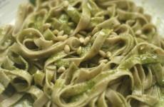 Tagliatelle de Espelta al Pesto Genoves