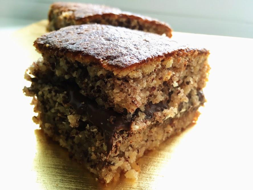 Bizcocho de avellanas, kirsch y nutella
