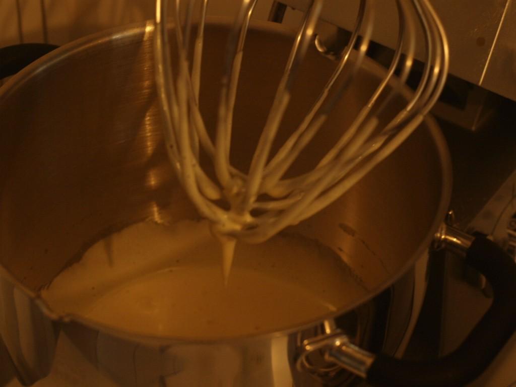 Tarta de Santiago con crema de limón paso a paso