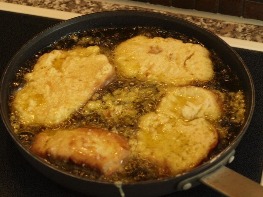 Torrijas de Brioche infusionadas en Granola